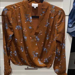 Heartloom brown blouse S